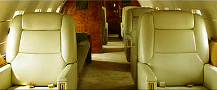 Interior de la Global Express Jet Privado